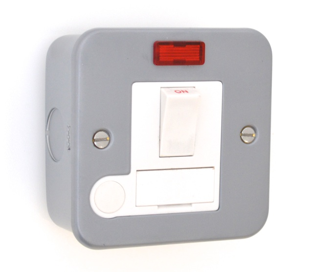 Metal Clad 13a Switched Fuse Spur With Neon Mc39