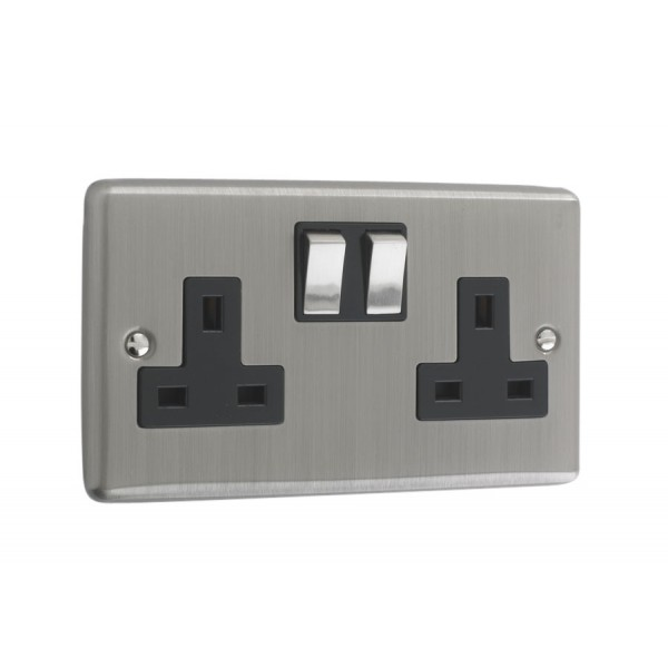 Brushed Chrome 2 Gang Plug Socket Black Trim W07bcb